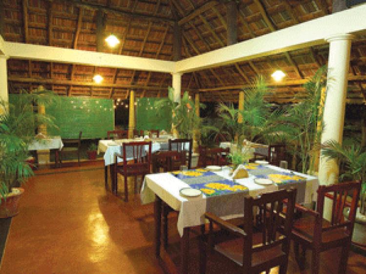 Ayurvedagram-restaurant-300x225