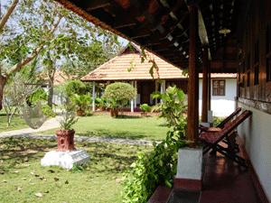 Ayurvedagram-ambara-mana-300x225