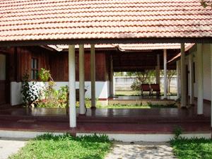 Ayurvedagram-kayamkulam-mana-300x225