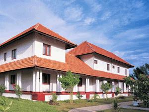 Ayurvedagram-kuroor-mana-300x225